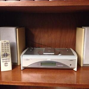 JVC Radio and CD Player with speakers and remote