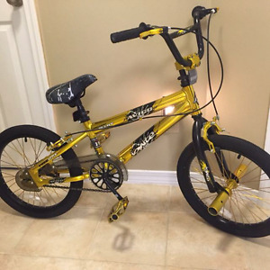 Avigo 18 inch Ignite Gold BMX Bike – Boys