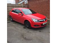 Vauxhall Astra 1.8 SRI 3 door coupe. 2011 in red. Spares or repair non runner.