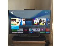SONY Bravia TV Model No KDL-43W805C 96cm x 56cm 6 months old with SONY HT-XT1 Sound Base
