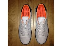 Adidas Forest Hills UK9, fabulous condition - like new!