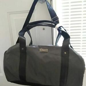 Online Makeup/Travel/Sports/Gym/Multi-use Bags/Handbags for Sale