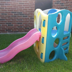 Little tikes play house with slide