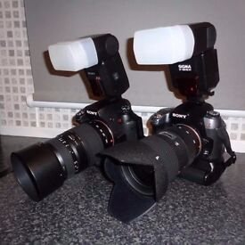 Sony A580 and A550 double DSLR kit inc 4 lenses and 2 flashes