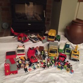 Playmobil . Box full. Vehicles, animals and figures. Good condition .