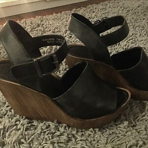 Black Topshop Wedges size 37 Bronte Eastern Suburbs Preview