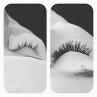 Full set of eyelash extensions with experienced stylist