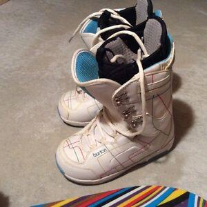 Snowboard Burton Size 7 Boots