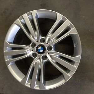 ON SALE New arrival set of  OEM BMW 19 inchx9 inch silver paint