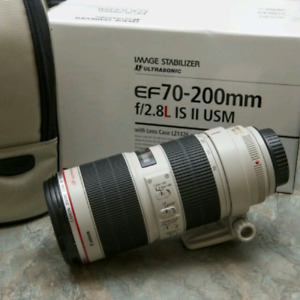 Selling Canon 70-200mm f/2.8 USM IS ii Lens-impeccable condition