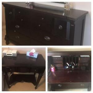 GORGEOUS DeBOERS BEDROOM SET- EXCELLENT CONDITION