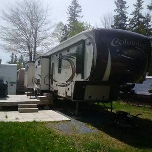 5th Wheel Bunk House