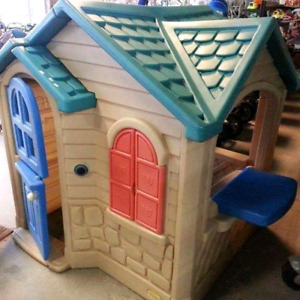 Playhouse @ clic klak used toy warehouse