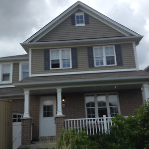 Beautiful Detach Home with Garage in West Brant