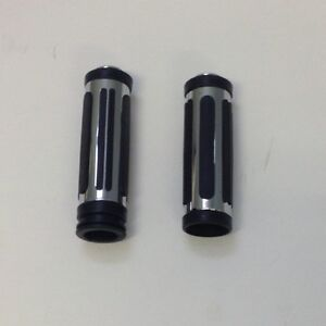 "1"" Handlebar Grips (most Harleys), Brand New, Shipping Avail."
