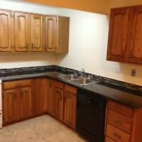 Huge 1300 sf off Broadway,Bright and Clean