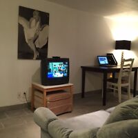 furnished apartment all inclusive, Close to downtown Montreal bv