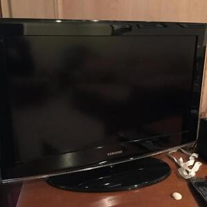 32 inch Samsung tv need gone asap