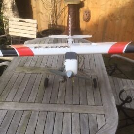 Mixed Lot R?C Model Aircraft Plus Charger Batteries and Lots of Bits and Pieces