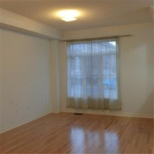 2 STORY TOWNHOME 3BED-3BATH FOR RENT IN 16th / Kennedy