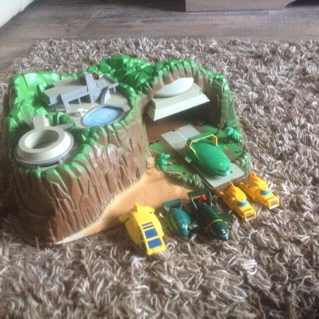 Tracy Island & Accessories