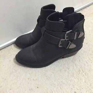 Black boots Echunga Mount Barker Area Preview