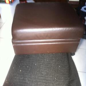 Leather foot rest Kitchener / Waterloo Kitchener Area image 2