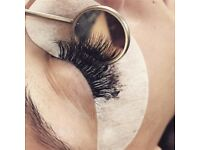 Only this week full set of eyelash extensions £40