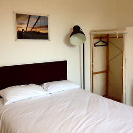 Flexible, short term kitchenette rooms in shared house