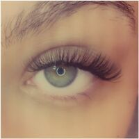 Eyelash Extensions at Dolly Lash Lounge