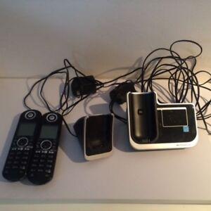 Téléphone Sans Fil (2) avec répondeur Motorola