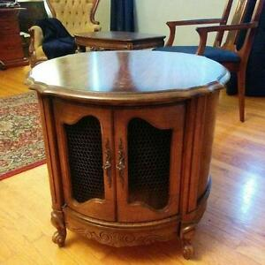 Drum end table Cornwall Ontario image 1