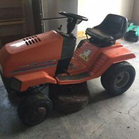 Ride on lawn mower tractor Husqvarna LT125