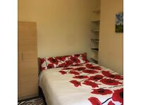 Double Room is Available Right in the Heart of Shepherds Bush!
