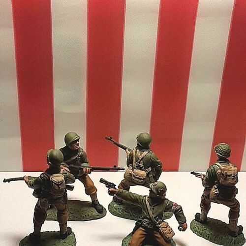 TSSD  WWII US Infantry painted plastic 1/32 54mm