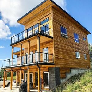 Custom Wood Homes That Are Built to Last