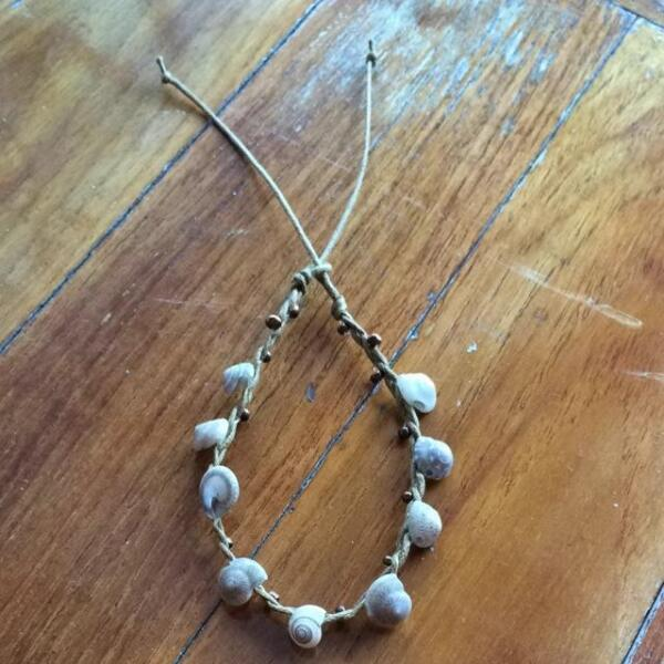 New Handmade Shell Bracelet From Philippines
