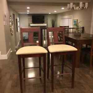 2 high quality breakfast bar stools for sale - never used