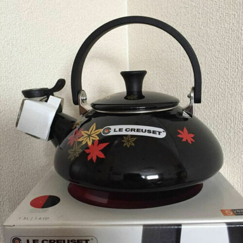 Le Creuset 2016 JAPONESQUE MOMIJI Kettle Black Maple Limited Series New