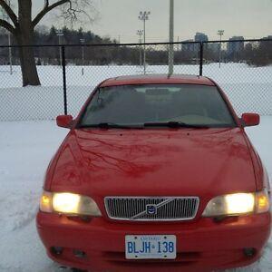 1997 Volvo, $1000 or OBO