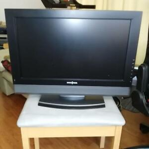"Insignia TV. MODEL # NS-LCD-26F 26""."
