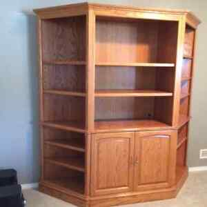Oak Buy Or Sell Hutchs Display Cabinets In Calgary