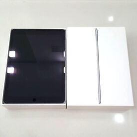 Ipad 9.7 inch latest model cellular 4G and wifi