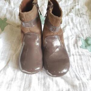 ROBEEZ BABY GIRL Spring BOOTS 12-18 MONTHS BROWN/ Botte Printemp