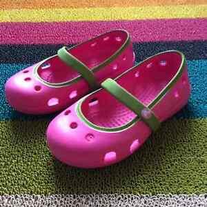Chaussures et botte de pluie Québec City Québec image 3