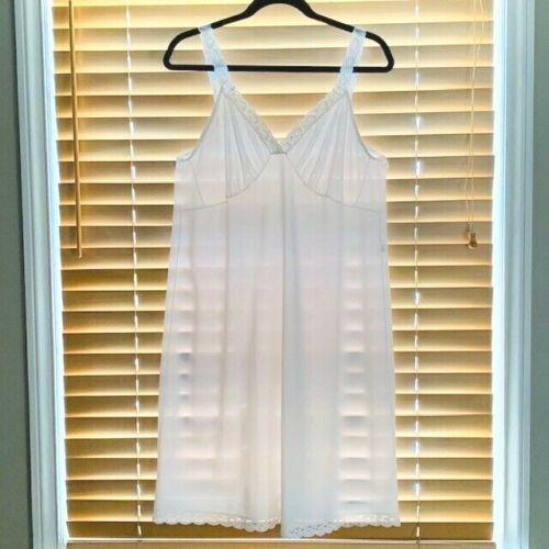Vintage Shadowline White Nylon Tricot Lace Trim Full Slip. Size 42