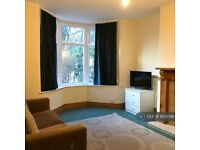 3 bedroom house in Alan Road, Manchester, M20 (3 bed) (#955099)