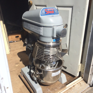 MIXER SPAR COMMERCIAL NEVER USED,NEW OVER 2000,  $850 FIRM