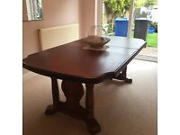 Large Extendable Oak Dining Table seats 8