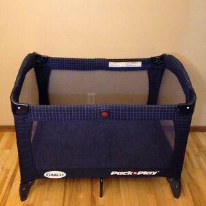 Graco- PlayPen for sale